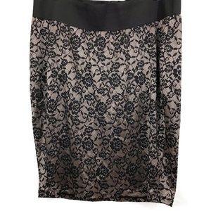 Torrid Floral Mid Length Textured Pull On Skirt